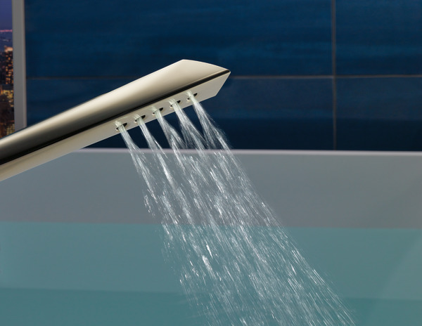 T70150-PN_DETAIL_HANDSHOWER_WATER_WEB.jpg
